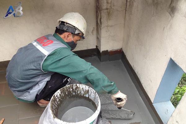 Thợ chống thấm nhà vệ sinh tại TPHCM