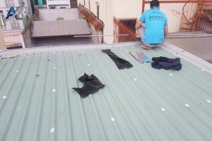 Chuyên làm chống dột mái tôn ở bình dương