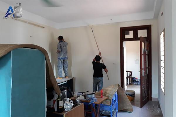 Thợ sửa chữa nhà tại ở quận 9