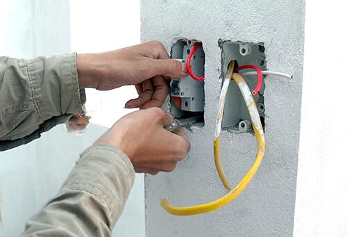 Cách sửa điện âm tường bị chập chi tiết và an toàn nhất